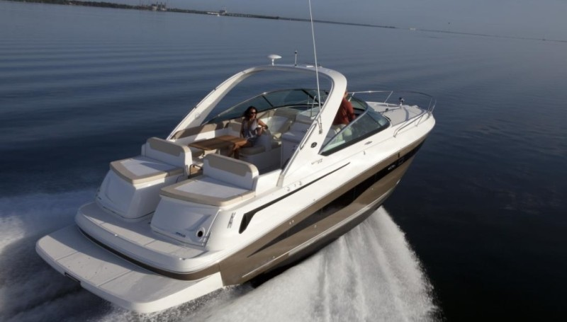 New Outboard Powered Express Cruiser From Sea Ray