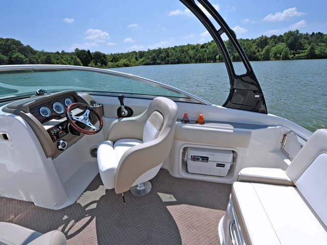 220 Sundeck Brighton Boat Sales