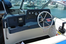 Sea Ray 220 Sundancer