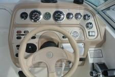 Rinker 266 Fiesta Vee