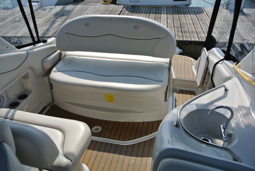 Electric Blower Heater >> Crownline 270 CR | Brighton Boat Sales