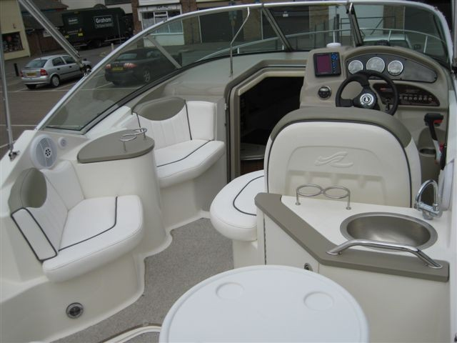Sea Ray 245 Sundancer Brighton Boat Sales