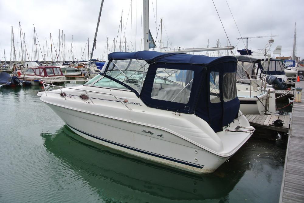Sea Ray 250 Sundancer Brighton Boat Sales