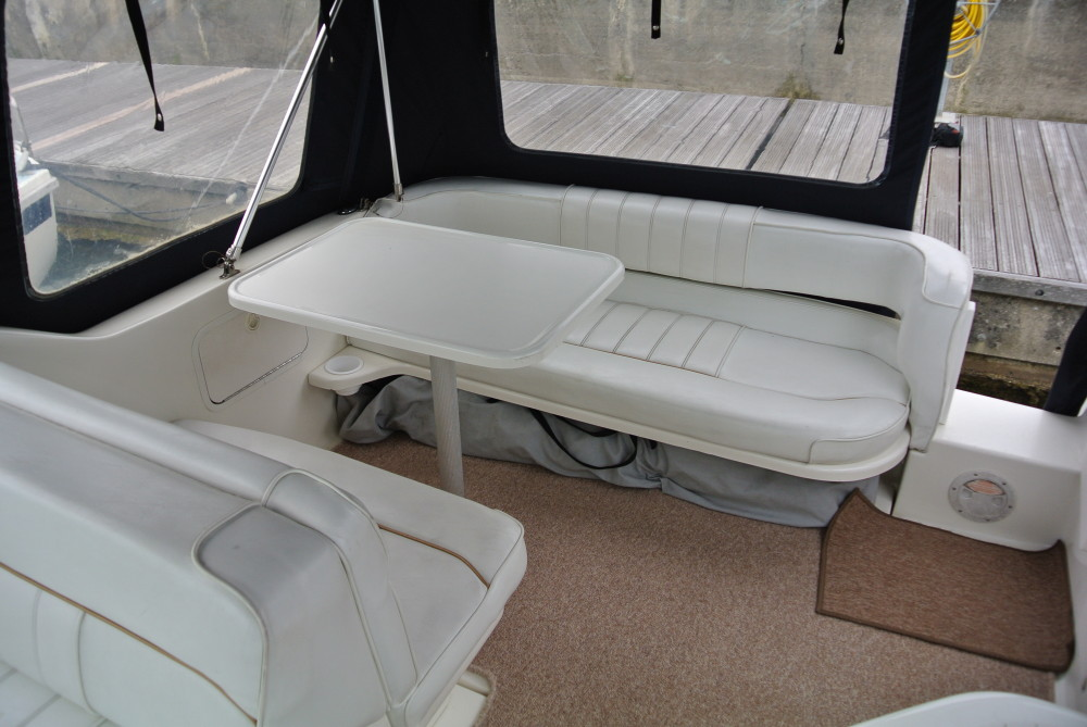 Sea Ray 250 Sundancer Brighton Boat Sales