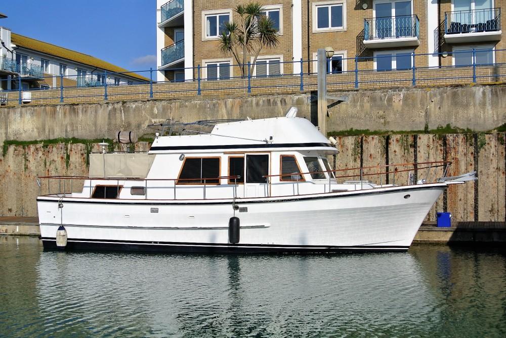 Ocean Alexander 38 Brighton Boat Sales