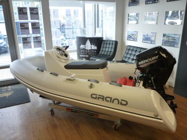GRAND Silver Line 300 Sport