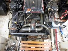 Maxum 2400SE